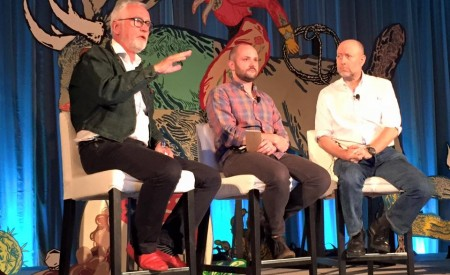 Icon9 på scenen med Bors og brodner